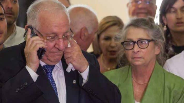 דומע לאחר בחירתו. ריבלין עם נחמה רעייתו // צילום: אמיל סלמן, ׳הארץ׳