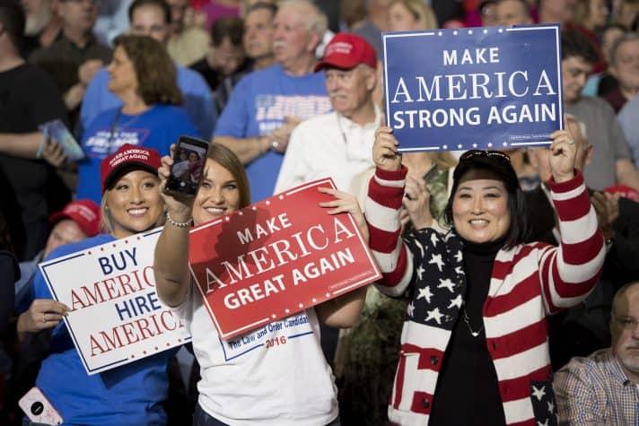 תומכות טראמפ, מרץ השנה // צילום: Jim Watson, AFP, Getty Images Israel