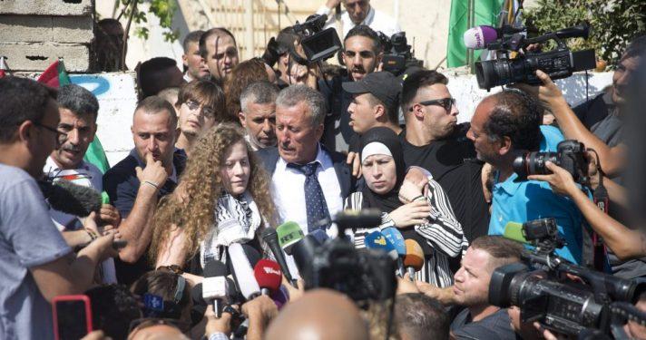 שחרור עהד תמימי ממעצר, 2018 // צילום: מוטי מילרוד, ׳הארץ׳