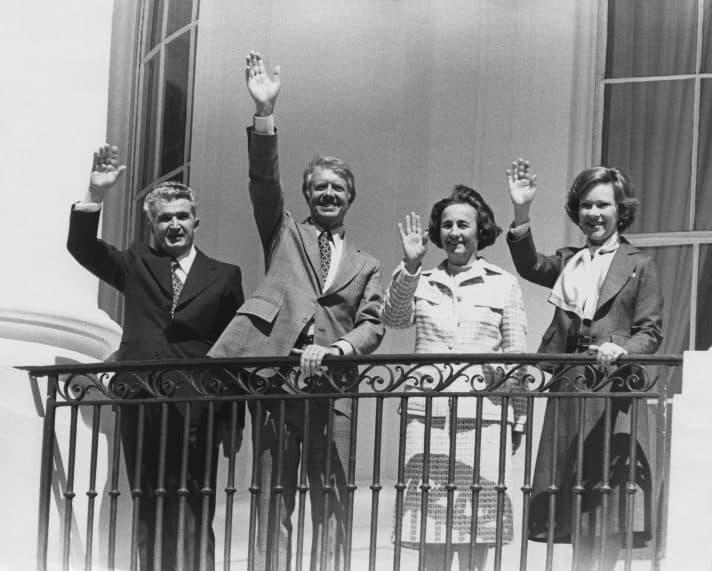הזוג צ'אושסקו עם הזוג קרטר בבית הלבן, 1978