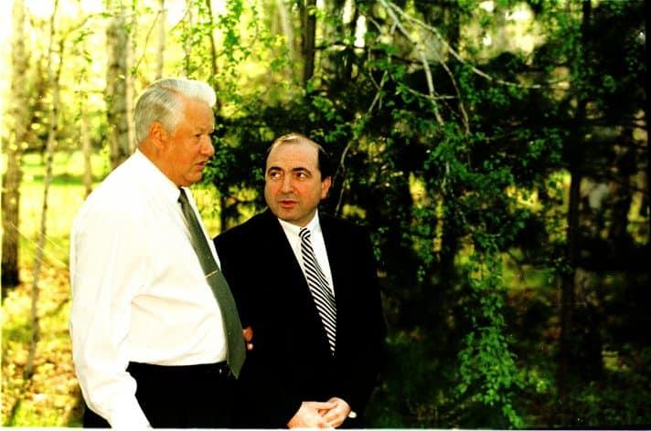 בוריס ילצין ובוריס ברזובסקי, 1999 // צילום: SHONE, Gamma-Rapho via Getty Images IL