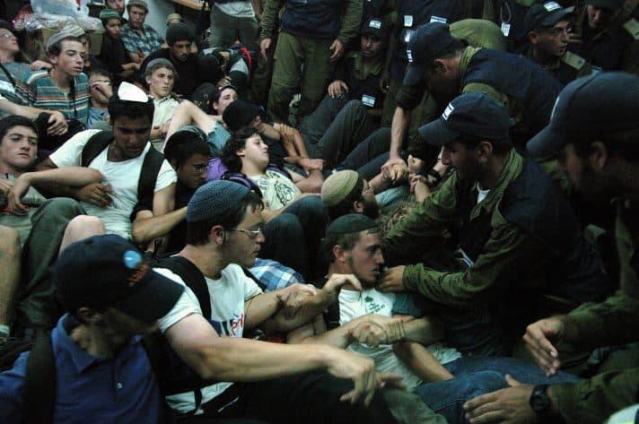 פינוי חומש, 2005 // צילום: מיקי קרצמן, ׳הארץ׳