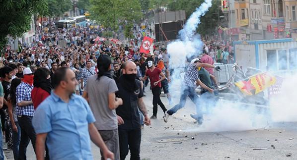 הפגנות בפארק גזי, טורקיה 2013 צילום Bulent Kilic, AFP via Getty Images IL