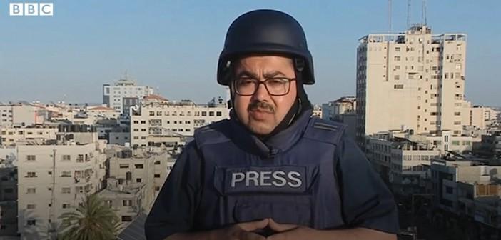 כתב ה־BBC משדר מעזה בעת מבצע 'שומר החומות'