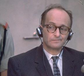 אדולף אייכמן. החטיפה - והקרב על הספר צילום ג׳ון מילי, לע״מ