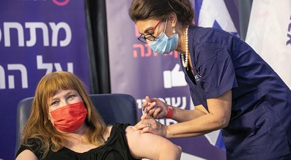 פרופ' גליה רהב. תחזיות אימים של הממסד הרפואי // צילום: תומר אפלבאום, ׳הארץ׳