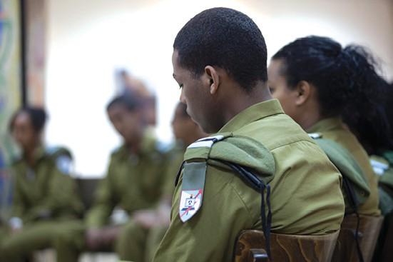 חייל יוצא אתיופיה צילום מוטי מילרוד, ׳הארץ׳