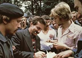 לך ואלנסה במהלך השביתה של 1980